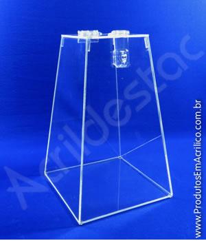 Urna de acrílico Cristal 30cm alt Piramidal 2